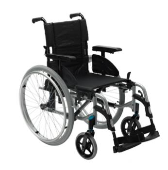 3.- Silla de ruedas con Frenos Plegable.